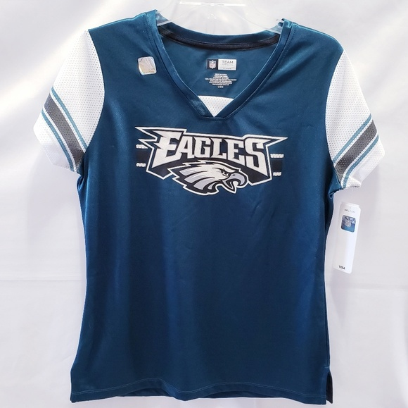 9846ab61 NWT! NFL Philadelphia Eagles shirt 👚Women's Large